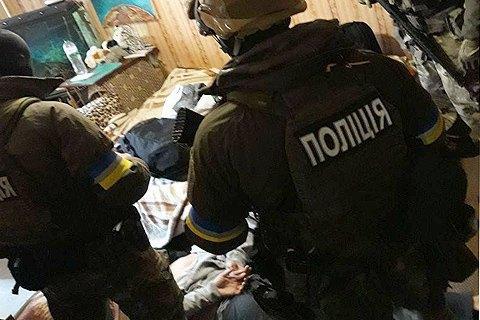У Києві затримали двох аферистів, які підробили документи на квартири