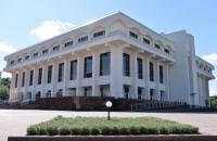 """За програмою """"Велике будівництво"""" в Каневі завершують зведення Шевченківського центру – 36-річного довгобуду"""