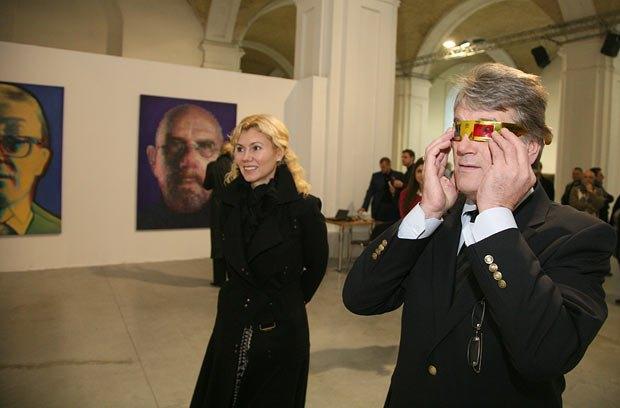 Третий президент Украины Виктор Ющенко и директор «Мыстецького Арсенала» Наталья Заболотная