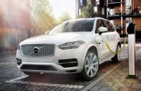 Усі нові Volvo з 2019 року матимуть версію з електричним двигуном