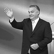 Угорські пряники і батоги для Сербії