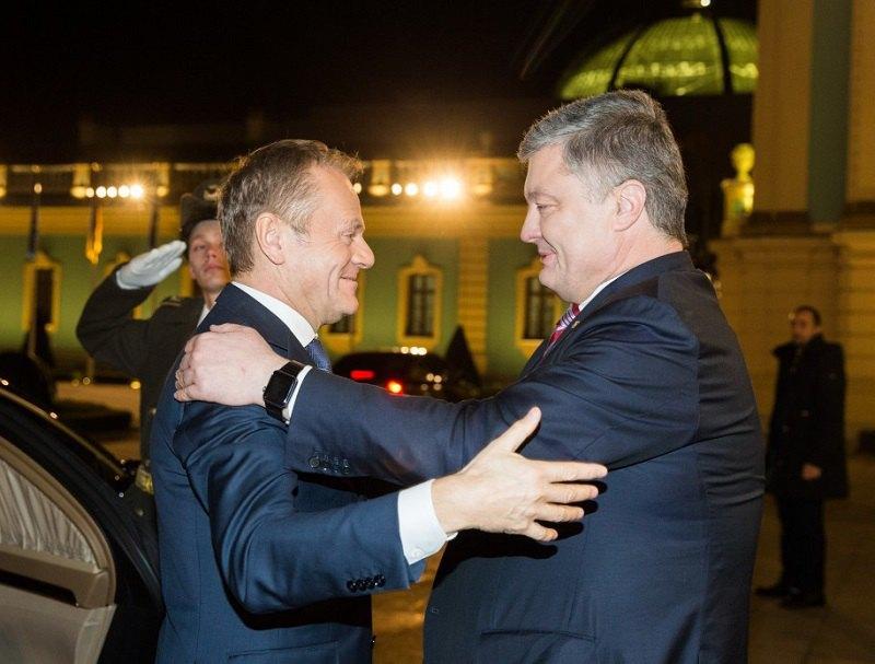 Президент Петр Порошенко и президент Евросовета Дональд Туск в ходе встречи в Киеве