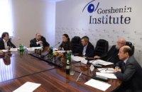 Гарантирует ли присутствие международных наблюдателей прозрачность проведения выборов?