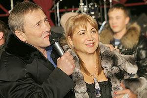 Черновецкие празднуют в Каннах