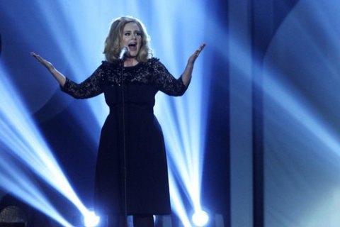 Нова пісня британської співачки Адель встановила рекорд онлайн-продажів