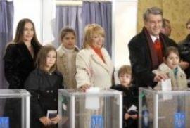 Ющенко проголосовал с уверенностью в своей победе (ФОТО+ВИДЕО)