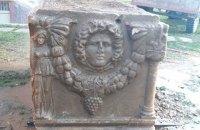"""У турецких """"черных"""" археологов изъяли саркофаг возрастом 2,5 тысячи лет"""