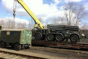 Отвод вооружения на Донбассе начнется с Луганской области