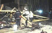 У Києві впав баштовий кран, загинула кранівниця