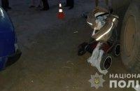 В Харькове катившийся автомобиль наехал на коляску с младенцем