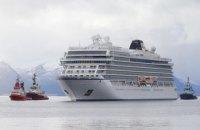 Лайнер Viking Sky, що зазнав аварії, своїм ходом прибув у порт Мольде (оновлено)