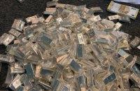 СБУ і Держфінмоніторинг викрили злочинний конвертцентр з 800 кг срібла