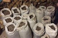 В Олевске изъяли полтонны незаконно добытого янтаря