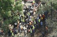 У Непалі автобус зірвався в річку зі стометрової висоти: 21 загиблий