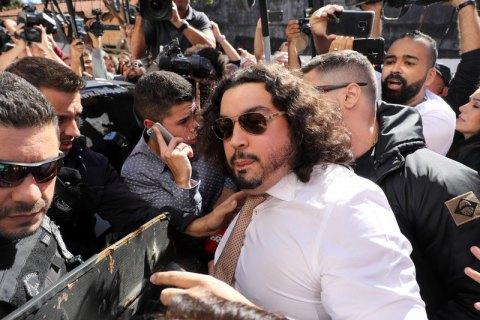 Юрист отказался отработы смоделью, обвинившей Неймара визнасиловании