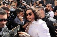 Модель, обвинившая Неймара в изнасиловании, заявила о краже его адвокатом главных улик