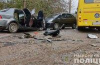 В Ровно столкнулись две легковушки и рейсовый автобус, есть погибший и травмированные