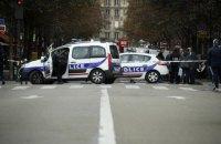 У Парижі чоловік з ножем убив чотирьох поліцейських