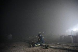 ДСНС збирається ще добу гасити пожежу на нафтобазі