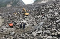 Понад 100 людей опинилися під завалами на південному заході Китаю через зсув