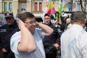 Киевляне жалуются на шум в центре столицы (документ)