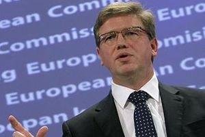 Фюле намекнул, что визы для украинцев упростили вопреки власти