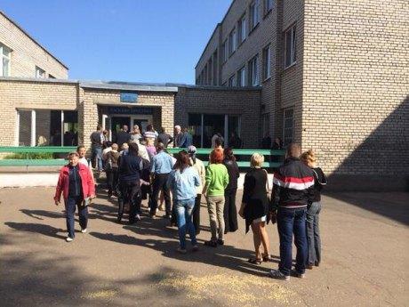 Избирательный участок в Донецке