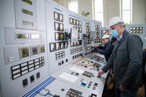 На Дарницкой ТЭЦ установили два новых фильтра газоочистки, до конца года будет три, – Кличко