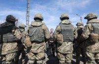 Порошенко сравнял выплаты за гибель иностранцев и украинцев, которые служат в ВСУ