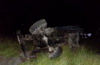 Лесовоз в Закарпатской области сорвался в пропасть, погибли два человека