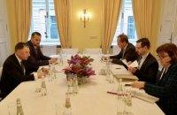 Волкер обсудил ситуацию на Донбассе с представителями ОБСЕ в Мюнхене