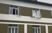 У гуртожитку навчального центру на Чернігівщині стався вибух, загинув військовий, двоє поранені