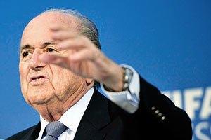 Блаттер не має наміру йти з ФІФА