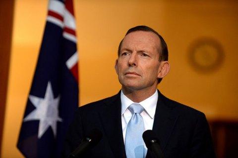 Премьер-министра Австралии Тони Эбботта призвали уйти в отставку