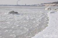 Из-за непогоды в Крыму прекратилось паромное сообщение с Краснодарским краем