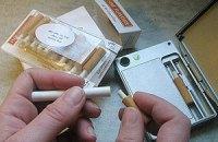 Британські медики просять ВООЗ не забороняти електронні цигарки