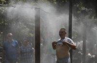 Завтра в Україні обіцяють спеку і місцями – короткочасні дощі
