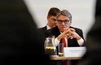 Україна колись зможе постачати сусідам свій газ, - міністр енергетики США