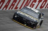 Уперше за пів століття гонка серії NASCAR пройшла на ґрунтовій трасі