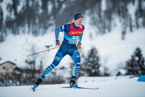 Между российскими и финскими лыжниками очередной инцидент: финн вынес россиянина в эстафете на этапе Кубка мира