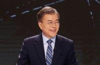 Южная Корея не будет разрабатывать ядерное оружие, - Мун Чжэ Ин