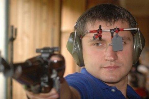 Українець Омельчук встановив світовий рекорд у кульовій стрільбі