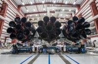 SpaceX показала ракету Falcon Heavy