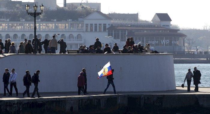 Набережная Севастополя, 15 марта 2014.
