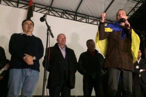 Соболєв закликав мітингувальників під Радою йти до президента