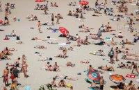На чотирьох київських пляжах дозволили купатися