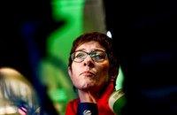 Наступниця Меркель на посаді голови ХДС відмовилася стати канцлером