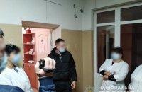 На Черкащині сімейну лікарку викрили на торгівлі підробленими ковід-сертифікатами