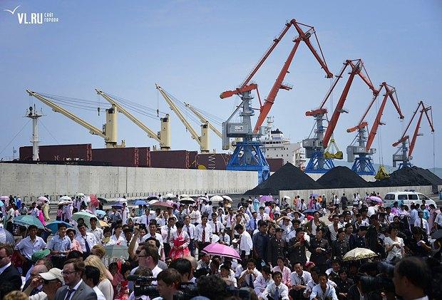 Торжества в порту Раджин