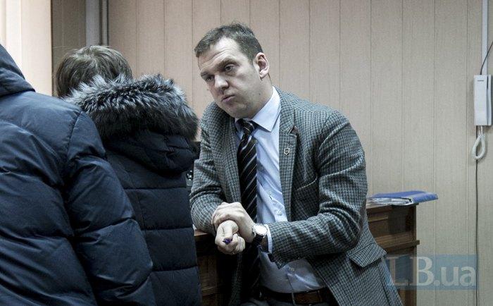 Адвокат Стефан Решко питає потерпілу, які є підстави вважати беркутівців винними у смерті брата